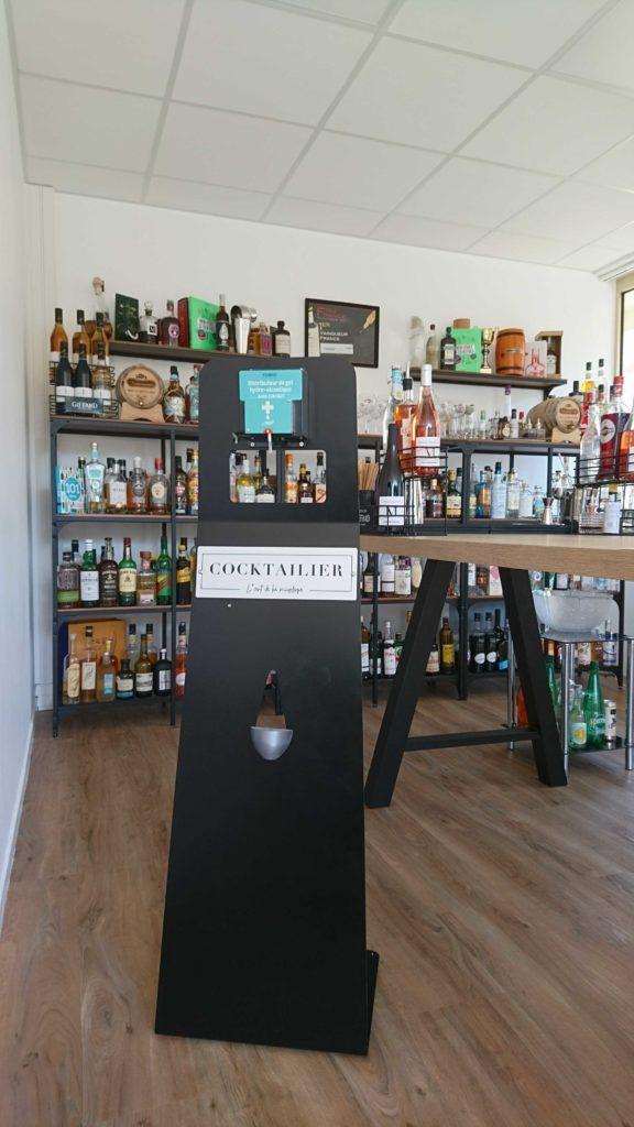 L'Atelier Cocktailier est satisfait de nos distributeurs de gel Totem Fludoz® grâce à son esthétisme, sa personnalisation, sa juste dose et son gel de qualité.
